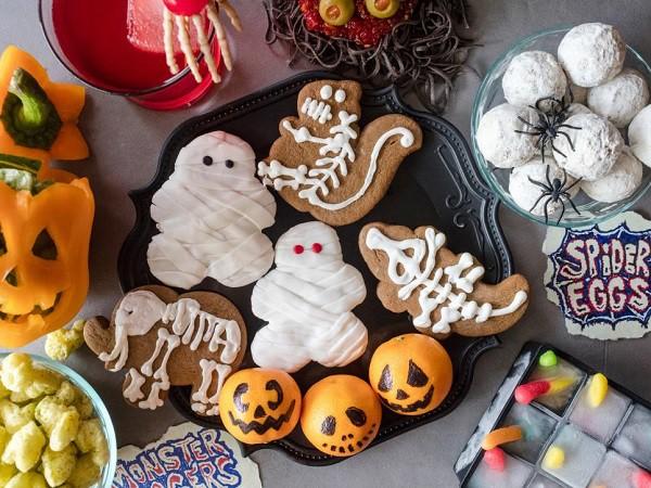 Halloween foods and beverages