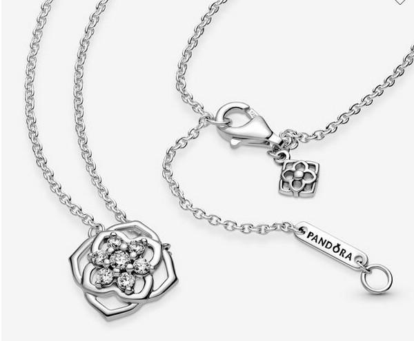 Pandora Rose Petals Collier Necklace