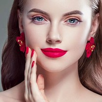 Which Are Must-Have Cosmetic Items For Beginners?