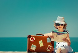 travelling-tips-to-save-money-top-travel-services-for-you-to-book-online