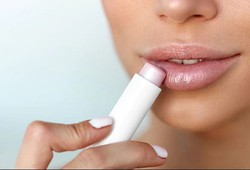 how-to-take-care-of-your-lips-at-home-top-lip-balms-for-you