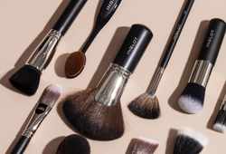 8-must-have-makeup-brushes-for-flawless-looks-full-list